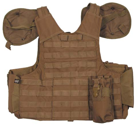 gilet de combat coyote systeme molle protections epaules gilets militaria 2907324. Black Bedroom Furniture Sets. Home Design Ideas